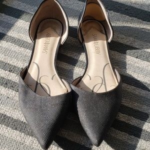 Black pointed toe dress flats